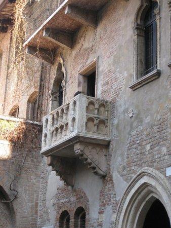 Casa di Giulietta: Juliet's balcony