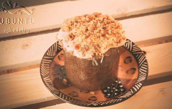 ubuntu cafe and bakery: Carrot cake