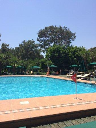 Renaissance Antalya Beach Resort & Spa: The adult pool