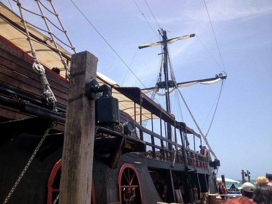 Ocean Adventures Stingray Bay Caribbean Festival : The wonderful ship!
