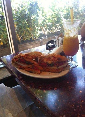 Nexxt Cafe : Cuban Sandwich