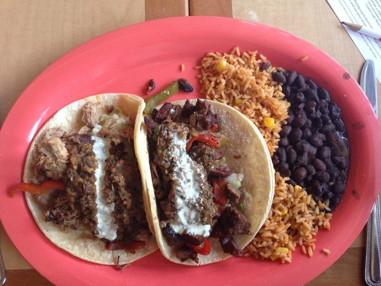 Wipeout Bar & Grill : Two Tacos!