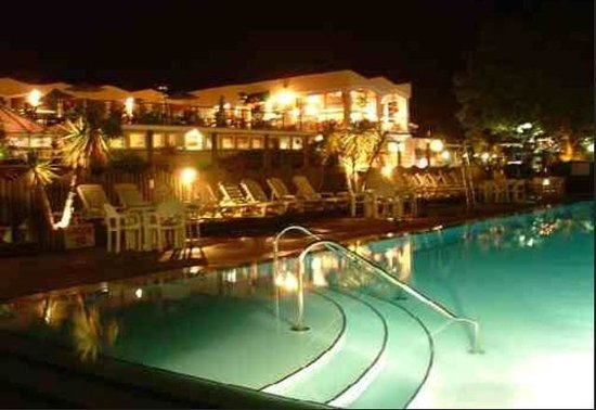 Beverley Holidays: The outdoor pool at night
