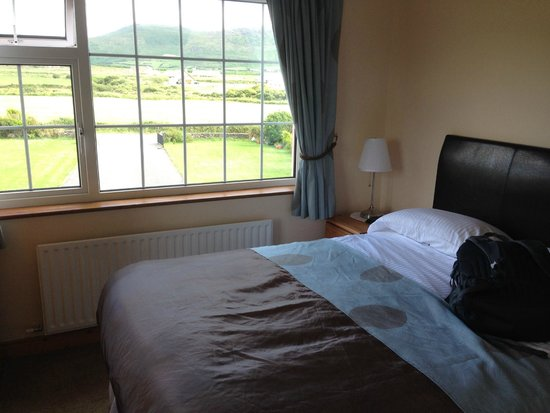Coill An Rois : Clean and comfortable rooms with a view!