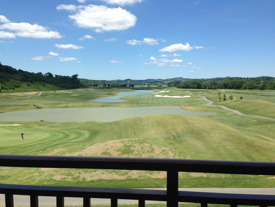 Wyndham Vacation Resorts Great Smokies Lodge : Golf Course view from our porch