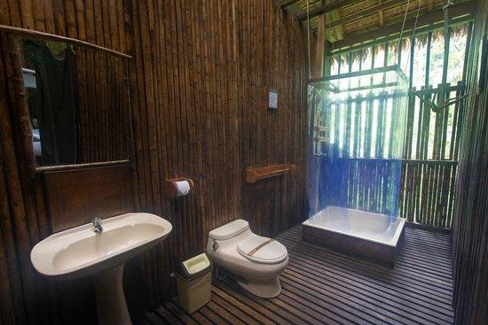 Posada Amazonas: Bathroom