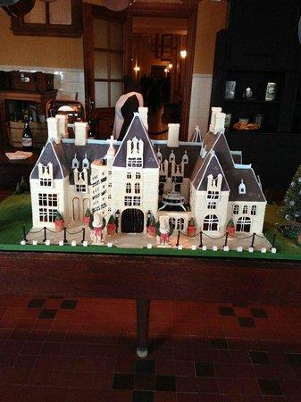 Biltmore Estate: Biltmore Gingerbread House