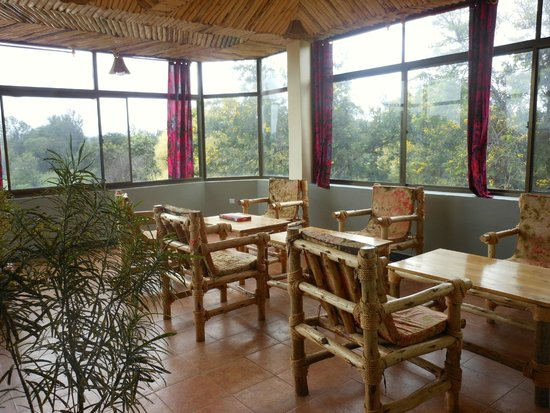 Stella Maris Lodge: bar/lounge area