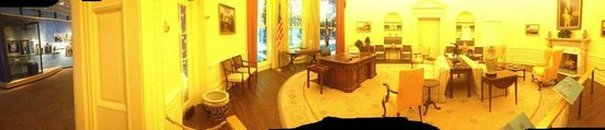 Jimmy Carter Library & Museum: Oval Office Replica