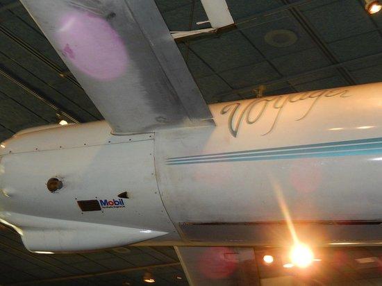Museo Nacional del Aire y el Espacio: Voyager - huge