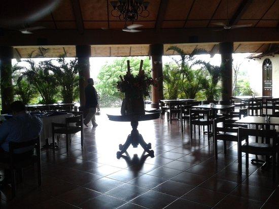 El Tiscapa: Dining Room
