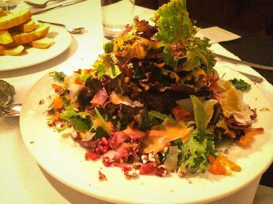 El Albergue Ollantaytambo : Albergue salad