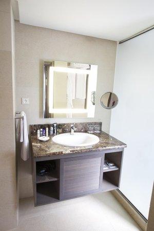 Pullman Marrakech Palmeraie Resort and Spa : La salle de bain