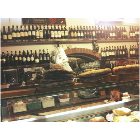 All' Antico Vinaio : Wine for everyone