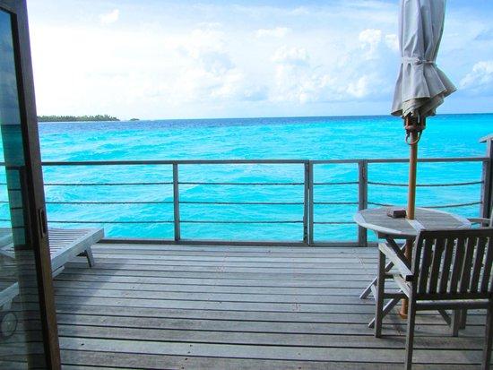 Reethi Beach Resort: Balcony