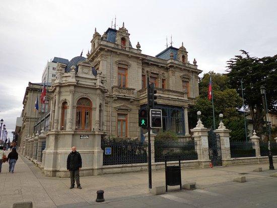Jose Nogueira: VISTA DEL HOTEL DESDE LA PLAZA