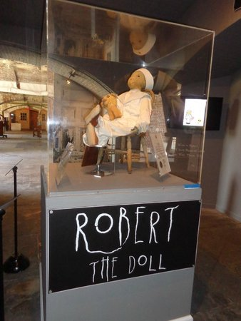 Fort East Martello Museum : Robert the Haunted Doll