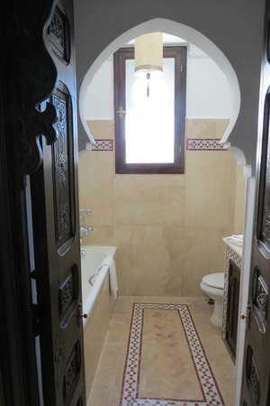 La Maison Blanche : Example of bathroom