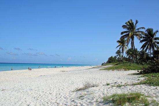 Casa Marta Margarita: The beach is just a 5 min walk away