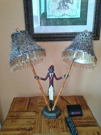 Caribe Resort: Hideous cheetah-print monkey lamp