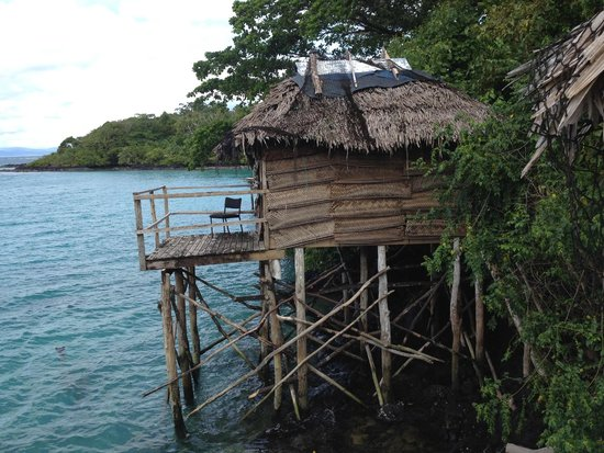 Lusia's Lagoon Chalets : Over-water lagoon