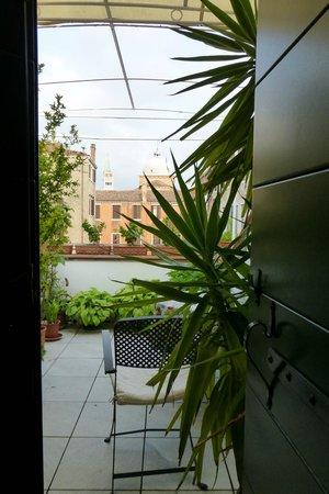 Hotel Bisanzio: The patio