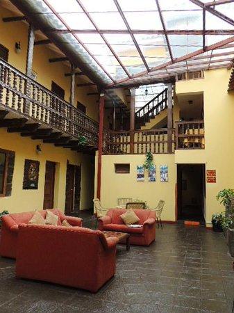 Cusco Plaza Nazarenas: Colonial Courtyard/ Nuestro Segundo Patio Colonial