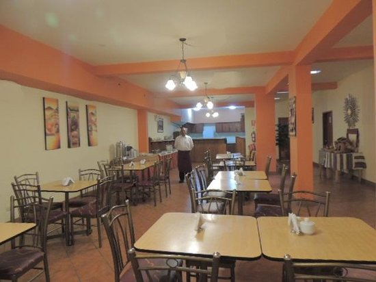 Cusco Plaza Nazarenas: Breakfast Room/ Comedor de desayuno
