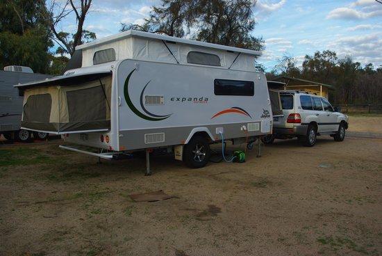 Wave Rock Cabins & Caravan Park : Spacious sites