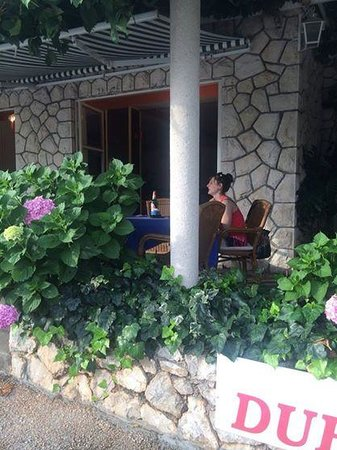 Konoba Dubrovnik : Nice Outdoor Seating