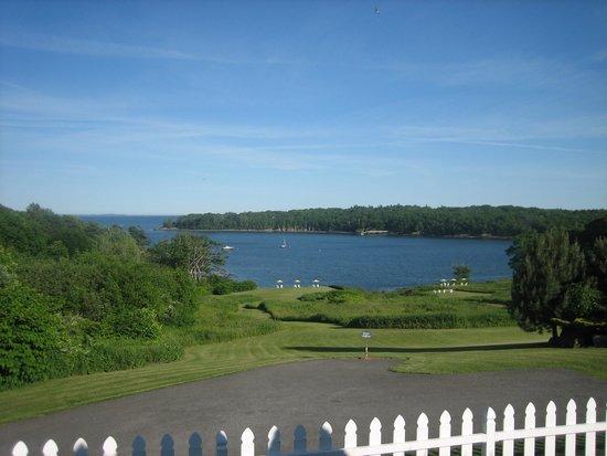 Strawberry Hill Seaside Inn : View