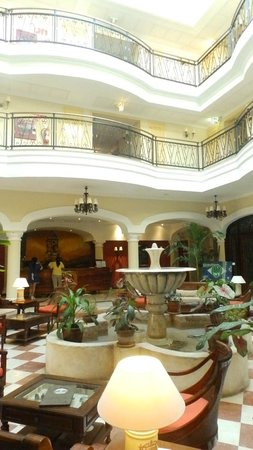 IBEROSTAR Grand Hotel Trinidad: The lobby area