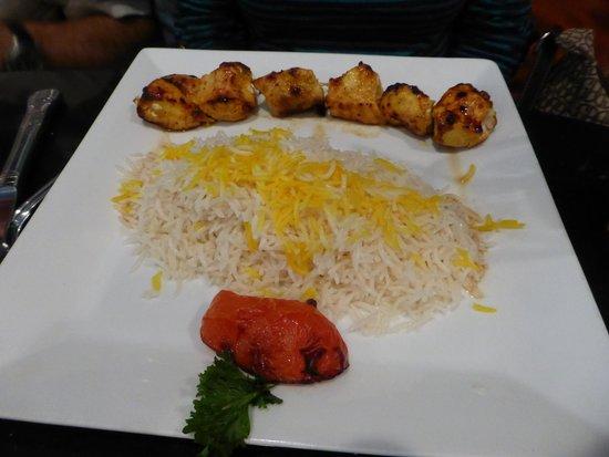 Mazadar Kabob: chicken kabobs
