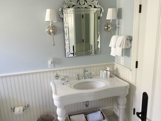 Saybrook Point Inn & Spa: Bathroom