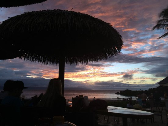 Sheraton Maui Resort & Spa: Sunset by Black Rock