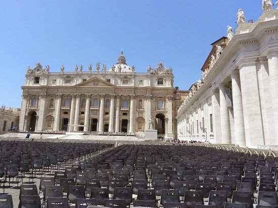 Private Tours of Rome - Vatican, Sistine Chapel and Colosseum Tours : Vatican Square