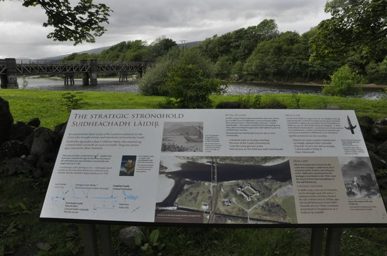 Old Inverlochy Castle : Castle