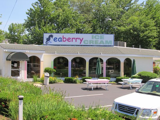 Seahorse Resort: Serving First Place Award Winning Giffords of Maine Ice Cream
