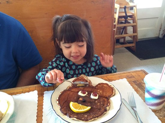 Otis Cafe: Kids buttermilk pancake
