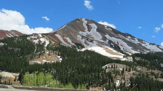 Molas Pass: another one of Red Mountain