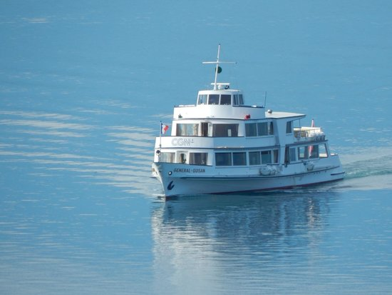 Eurotel Riviera Montreux : Boat on Lake Geneva
