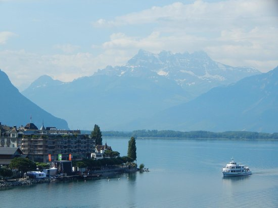 Eurotel Riviera Montreux: View of Lake Geneva