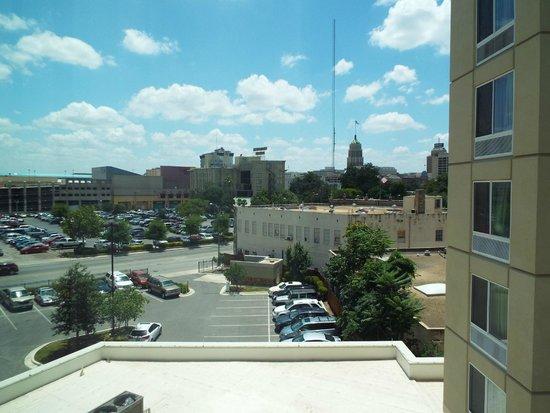 SpringHill Suites San Antonio Alamo Plaza/Convention Center : Room 422 View