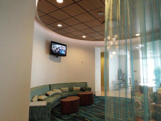 SpringHill Suites San Antonio Downtown/Alamo Plaza: Lobby/Dining