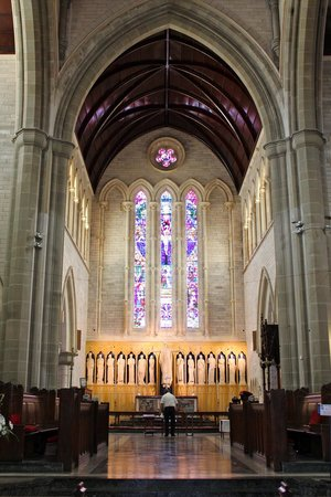 Cathedral of the Most Holy Trinity (Bermuda Cathedral): Sanctuary