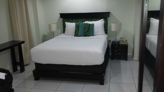 The Normandie Hotel & Conference Centre: The Comfortable Double Bed