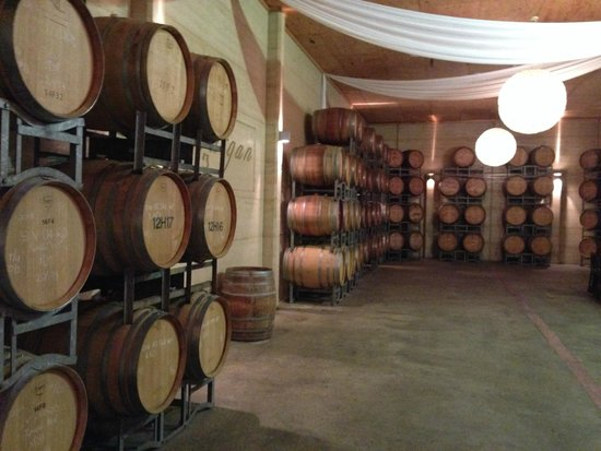 Margan Restaurant: The Barrel Room