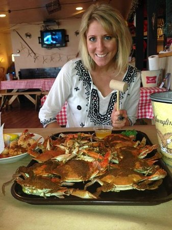Sparkie's Seafood Shanty: Crabs are here!