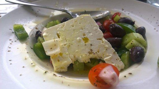 Blu Kouzina: Fantastic Greek Salad