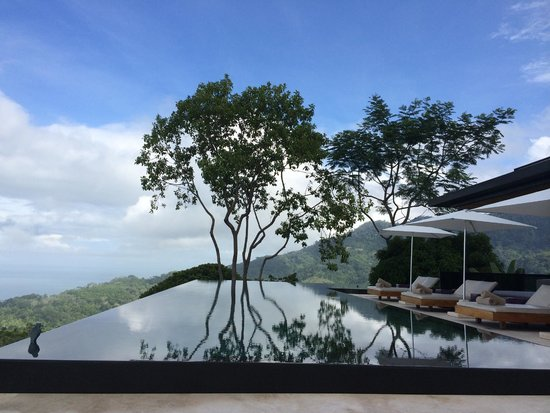 Kura Design Villas Uvita: Pool During the Morning